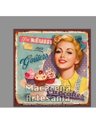 Azulejo cuadrado estilo decoración vintage de cupcakes. Solo en venta en nuestra tienda online. Somos Fabricantes.