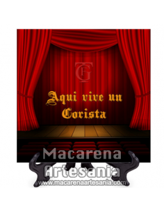 Azulejo con emblema del Gran Teatro Falla de Cádiz y el texto Aqui vive un Corista.Somos Fabricantes.