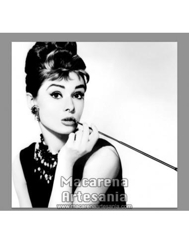 Azulejo cuadrado tipo decoración vintage de Audrey Hepburn en venta en nuestra tienda online.