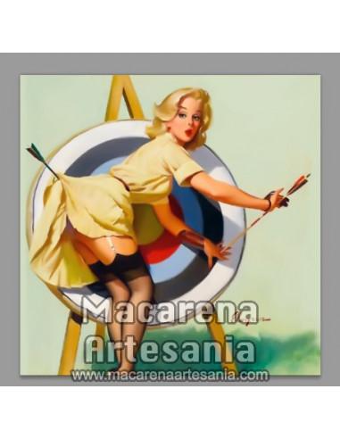 Azulejo cuadrado estilo vintage-retro tiro al arco, solo en venta en nuestra tienda online.