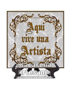 """Azulejo cuadrado ideal para regalar a un Artista con el texto """"Aqui vive una Artista"""" en venta en nuestra tienda."""